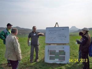 Grünlandseminar Milch aus Gras vom 24.4.13 auf unseren Feldern